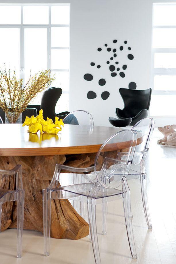 la table ronde surdimensionn e dont le pied a t. Black Bedroom Furniture Sets. Home Design Ideas