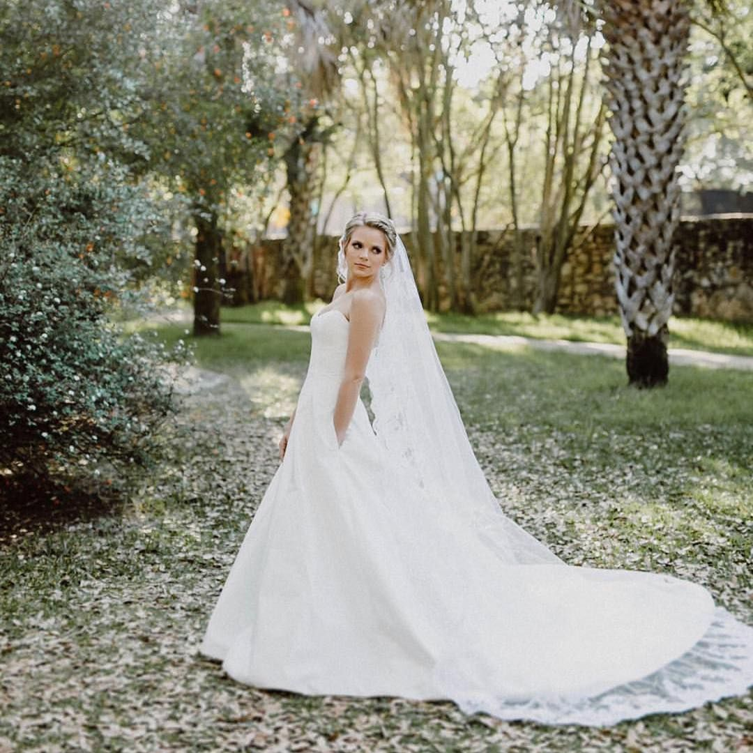 Wedding dresses kleinfeld  Gorgeous bride oliviatomascoperez looks stunning in her