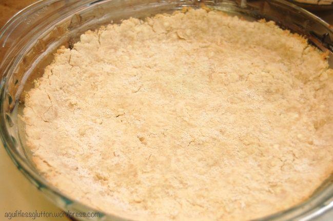 Healthy 5 ingredient, 15 minute pie crust! Super easy!