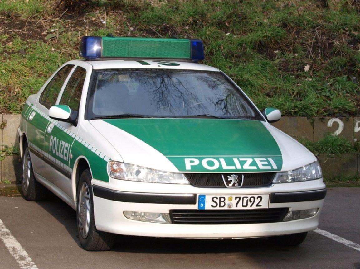 1996 peugeot 406 i streifenwagen der bundespolizei deutschland r publique f d rale d. Black Bedroom Furniture Sets. Home Design Ideas