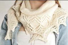 Photo of Letzten Winter habe ich es geliebt, asymmetrische Schals zu stricken wie …