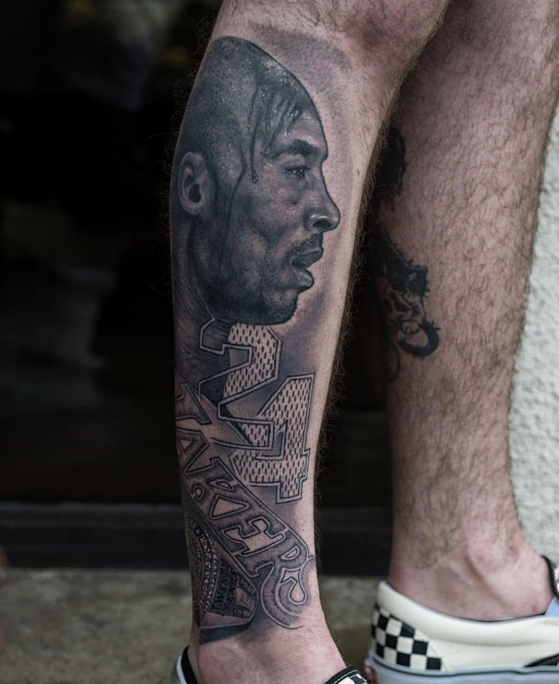 Kobe Bryant Kobe bryant tattoos, Leg tattoo men, Kobe bryant
