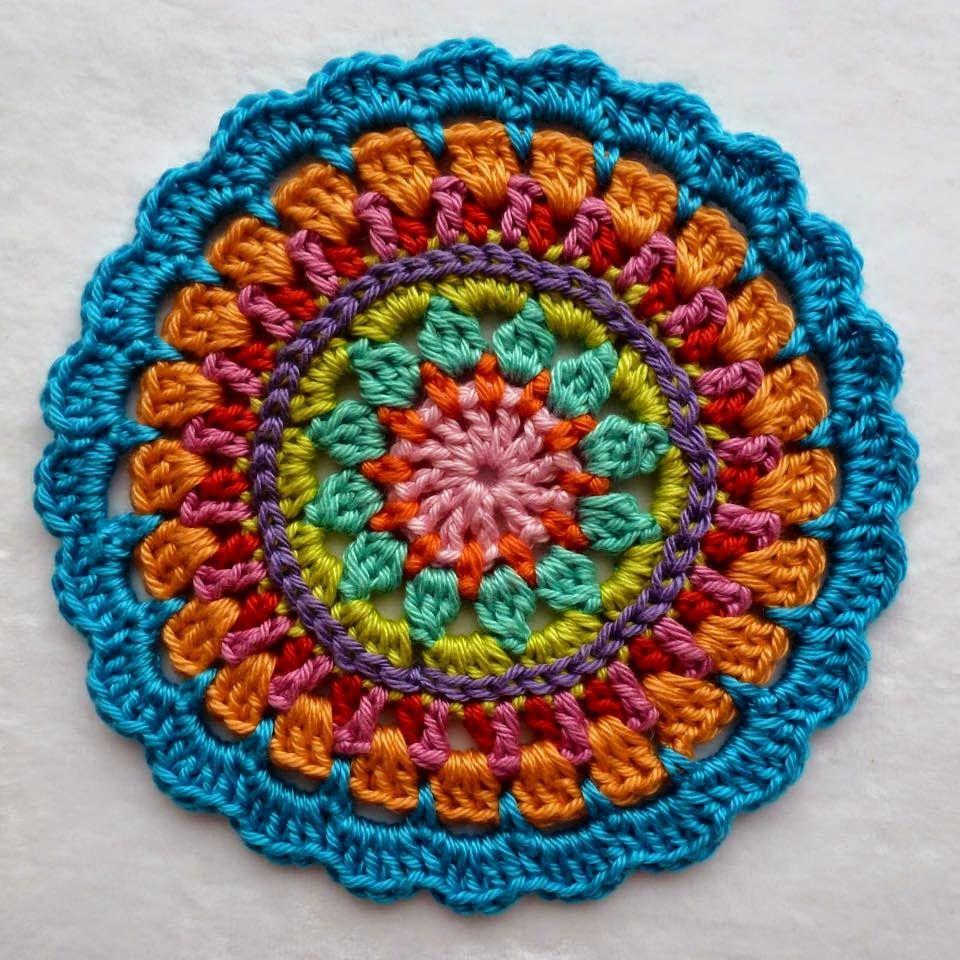 la magia del crochet mandalas a crochet crochet mandalas pinterest h keln mandalas. Black Bedroom Furniture Sets. Home Design Ideas