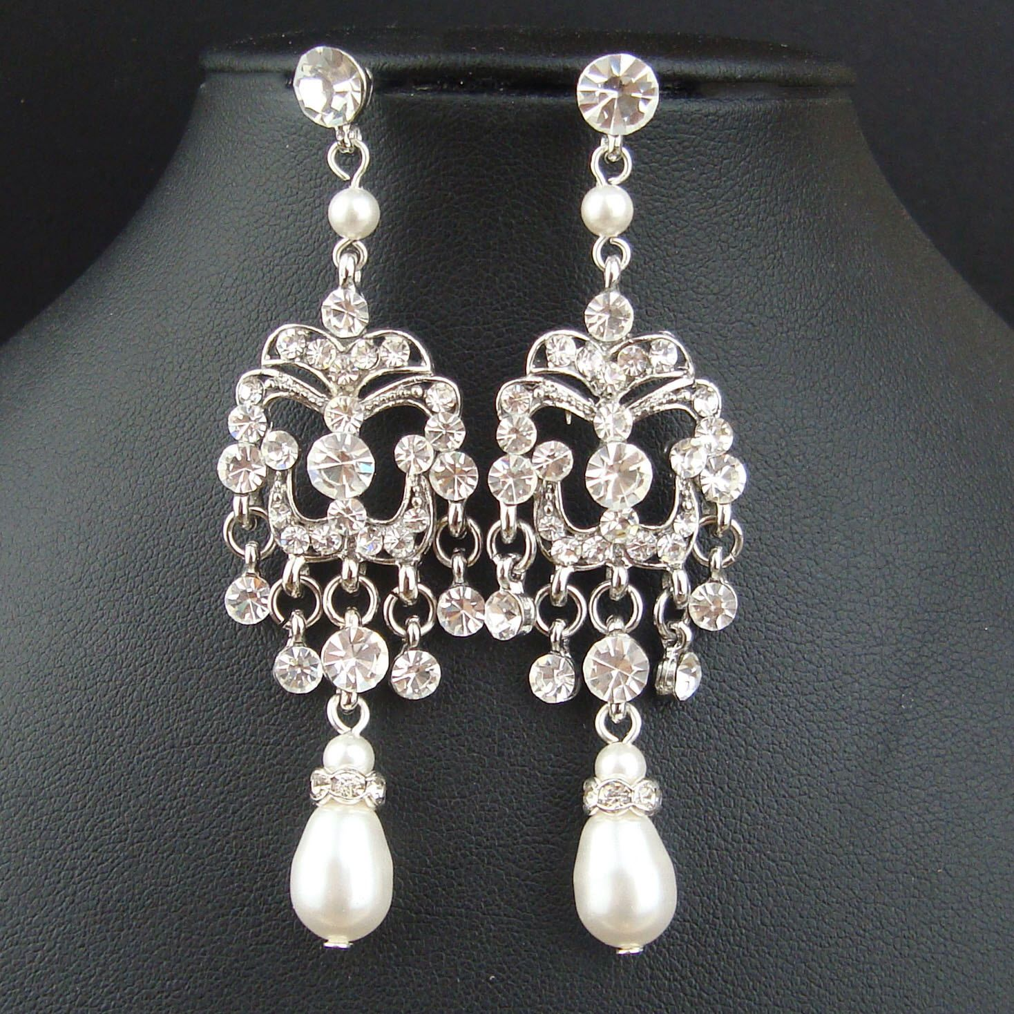 Art deco chandelier bridal earrings statement wedding earrings art deco chandelier bridal earrings statement wedding earrings vintage wedding jewelry long dangly bridal jewelry patricia arubaitofo Choice Image