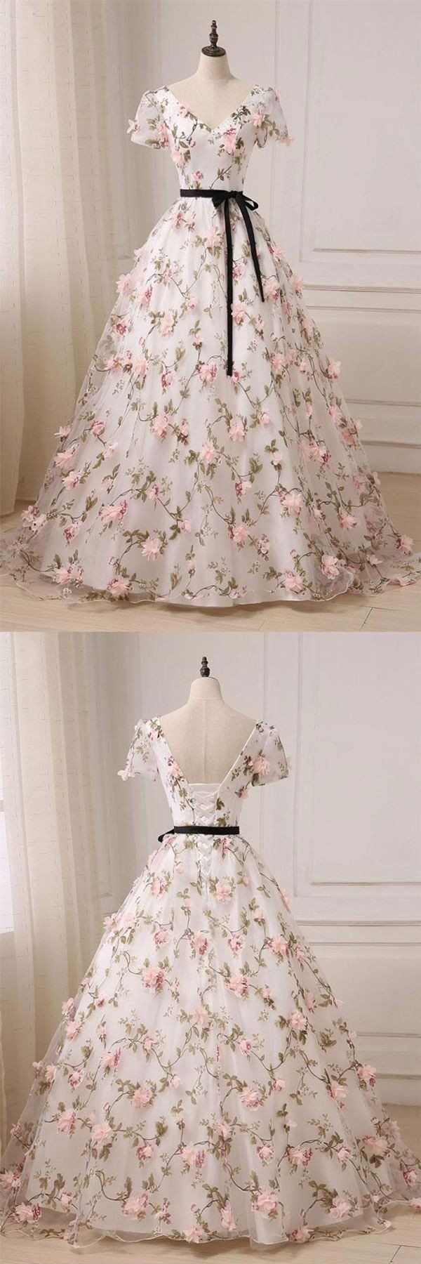 Ball gown prom dresses vneck floorlength floral long lace prom