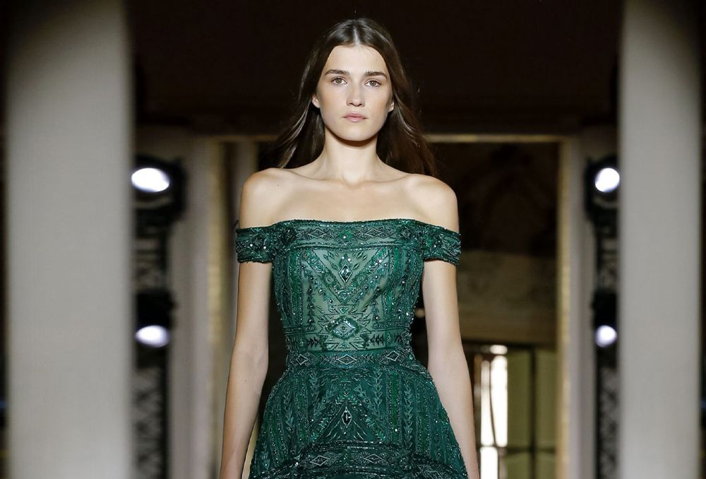 صور فساتين خطوبة باللون الأخضر لعروس 2020 Dresses Strapless Dress Formal Formal Dresses