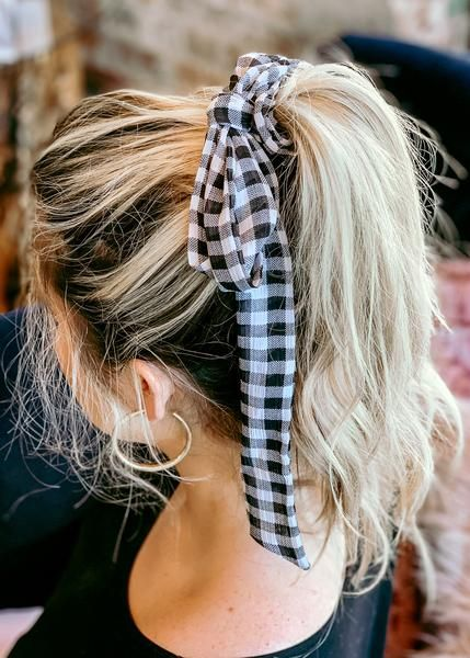 gingham scrunchie with tie
