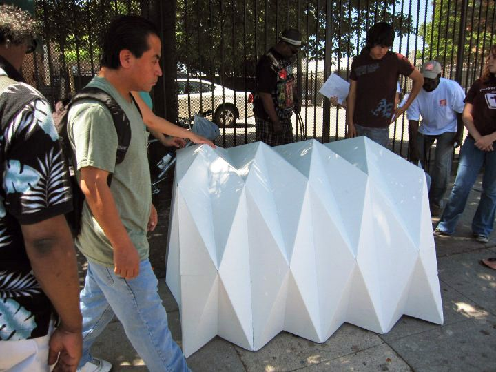 Cardborigami Unfolds Into A Portable Housing Shelter Homeless Shelter Ideas Portable Shelter Origami Architecture