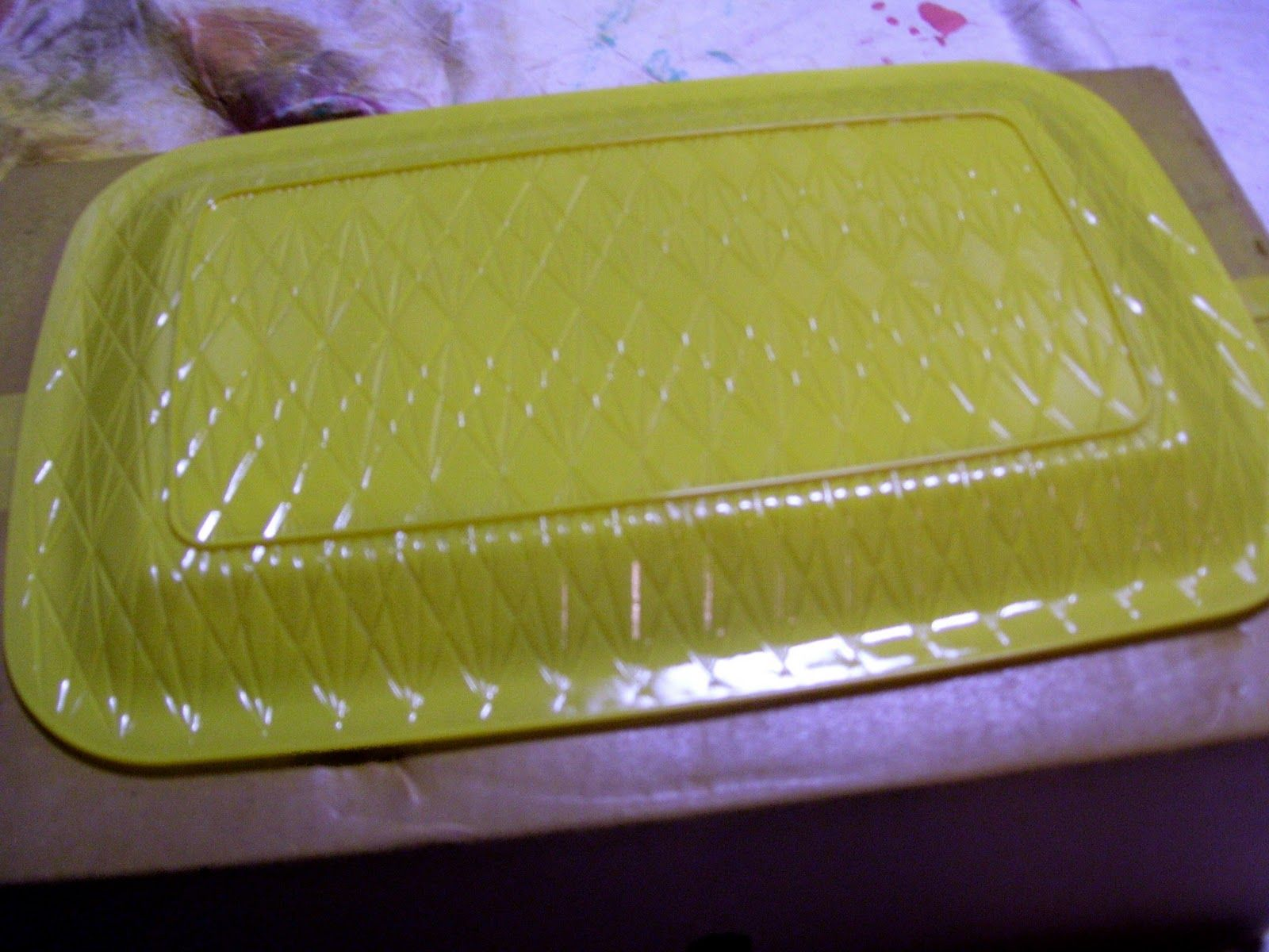 Spray Paint Platter Clear Dollar Tree Platter Or Tray Spray Paint The Back And Leave The Top Food Safe Dollar Stores Spray Paint Plastic Painting Plastic
