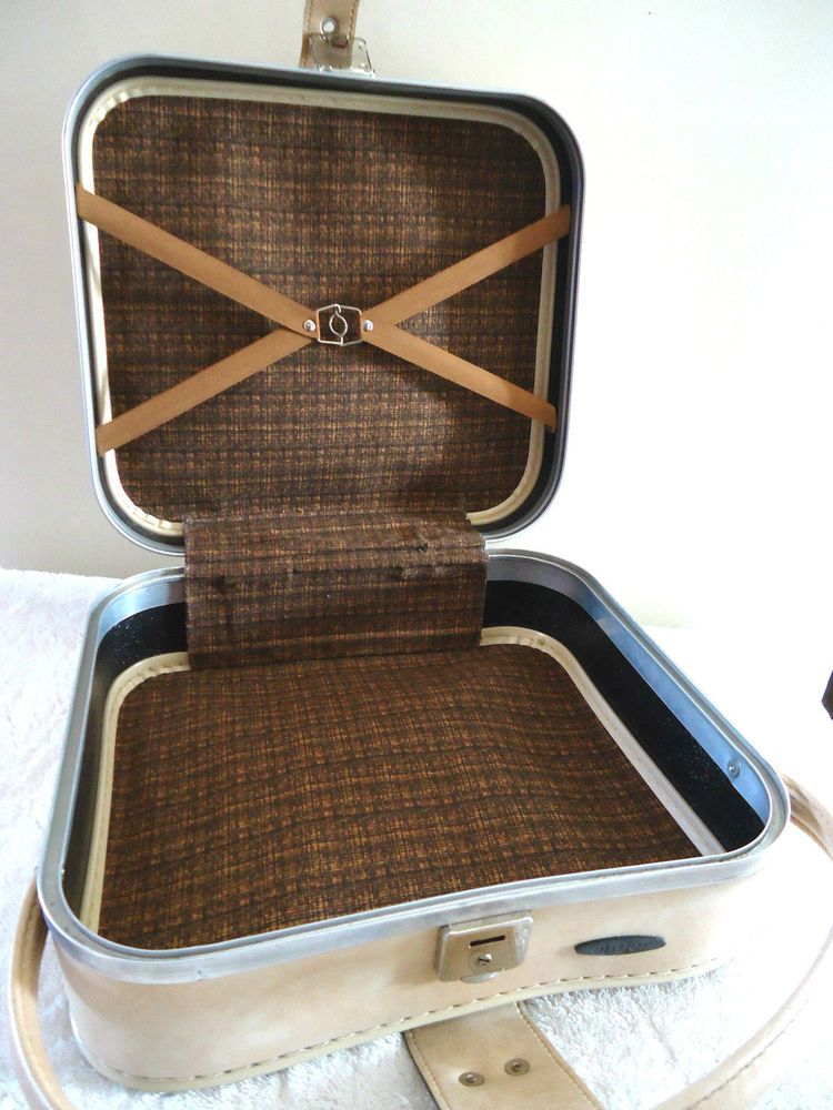 VINTAGE RETRO ANTLER TRAVEL CASE SUITCASE CREAM BEIGE FAUX LEATHER COMPACT