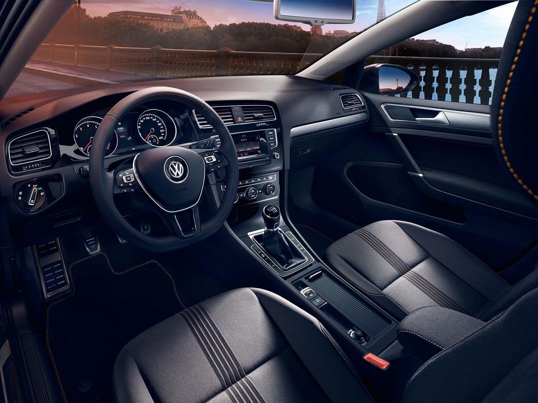 Volkswagen Golf Match tableau de bord