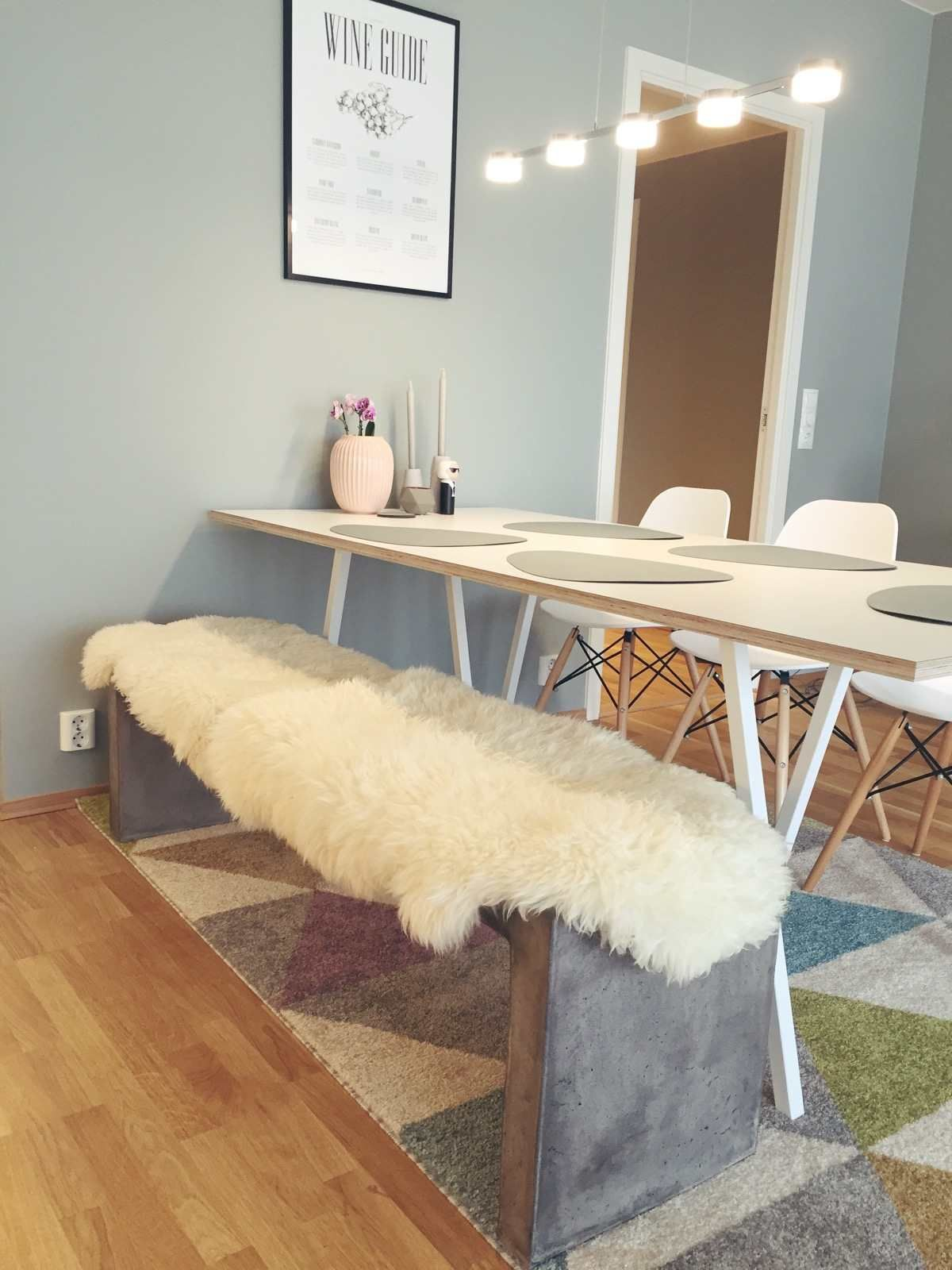 loop stand table hay loop stand table in 2019 tisch. Black Bedroom Furniture Sets. Home Design Ideas