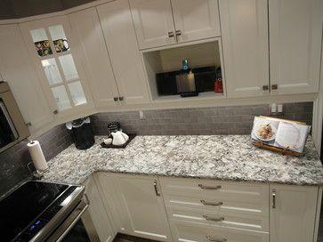 Cambria Bellingham With Subway Tile Backsplash White