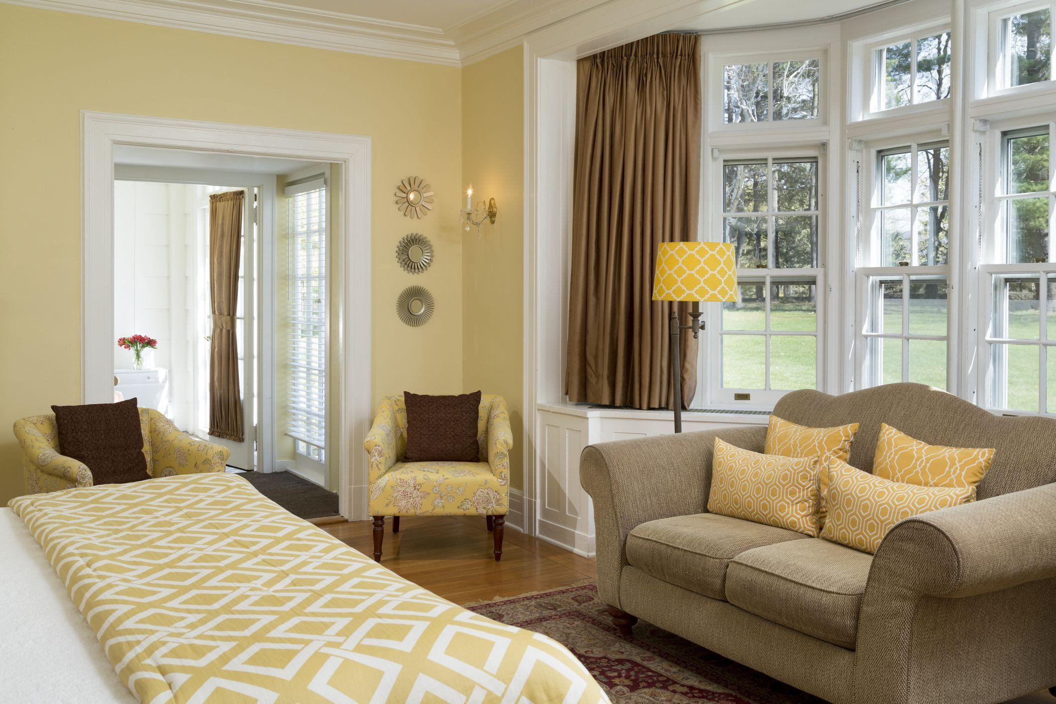 Yellow Decorations for Living Room Feng Shui House Decor