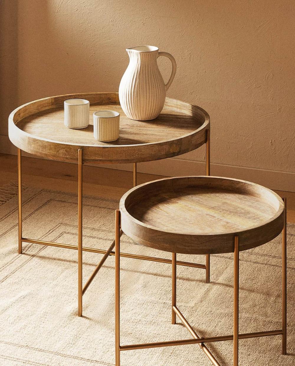 Ptyssomeno Trapezi Me Disko Coffee Table Ikea Nesting Tables Folding Table [ 1239 x 1000 Pixel ]