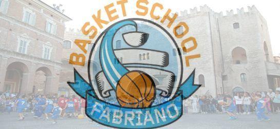Fabriano  Basket in città domani in Piazza del ComuneVisita l'articolo per saperne di più. https://t.co/KeV8A6pTkD https://t.co/WaouBlLuZP
