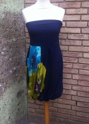 Kaufe meinen Artikel bei #Kleiderkreisel http://www.kleiderkreisel.de/damenmode/kurze-kleider/100015564-wunderschones-elegantes-tragerlose-kleid