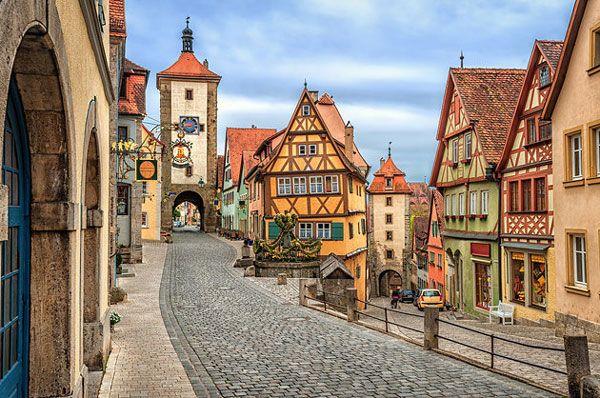 Όμορφες μεσαιωνικές πόλεις της Ευρώπης | dailyarticle.gr