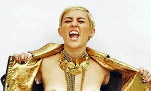Miley cirus topless picture, college sho