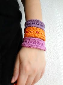 Free pattern for these bracelets