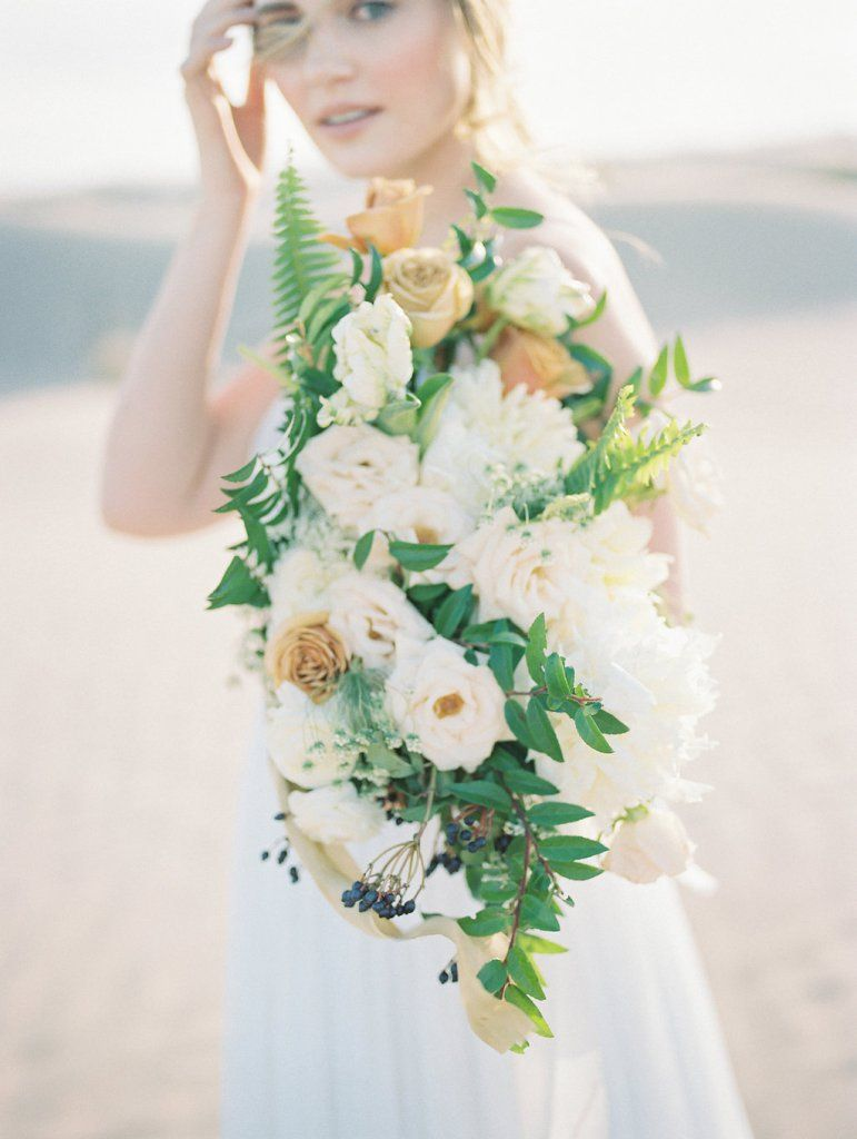 Favorite textural blooms for bouquets summer wedding flowers best textural flowers for bridal bouquets izmirmasajfo
