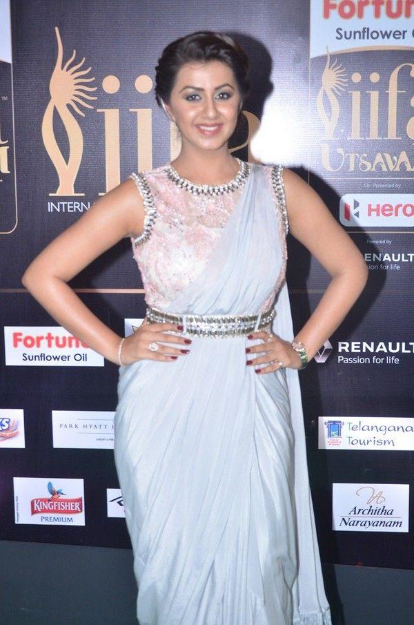 Nikki Galrani Iifa Utsavam Indian Actresses Nikki Beautiful Saree