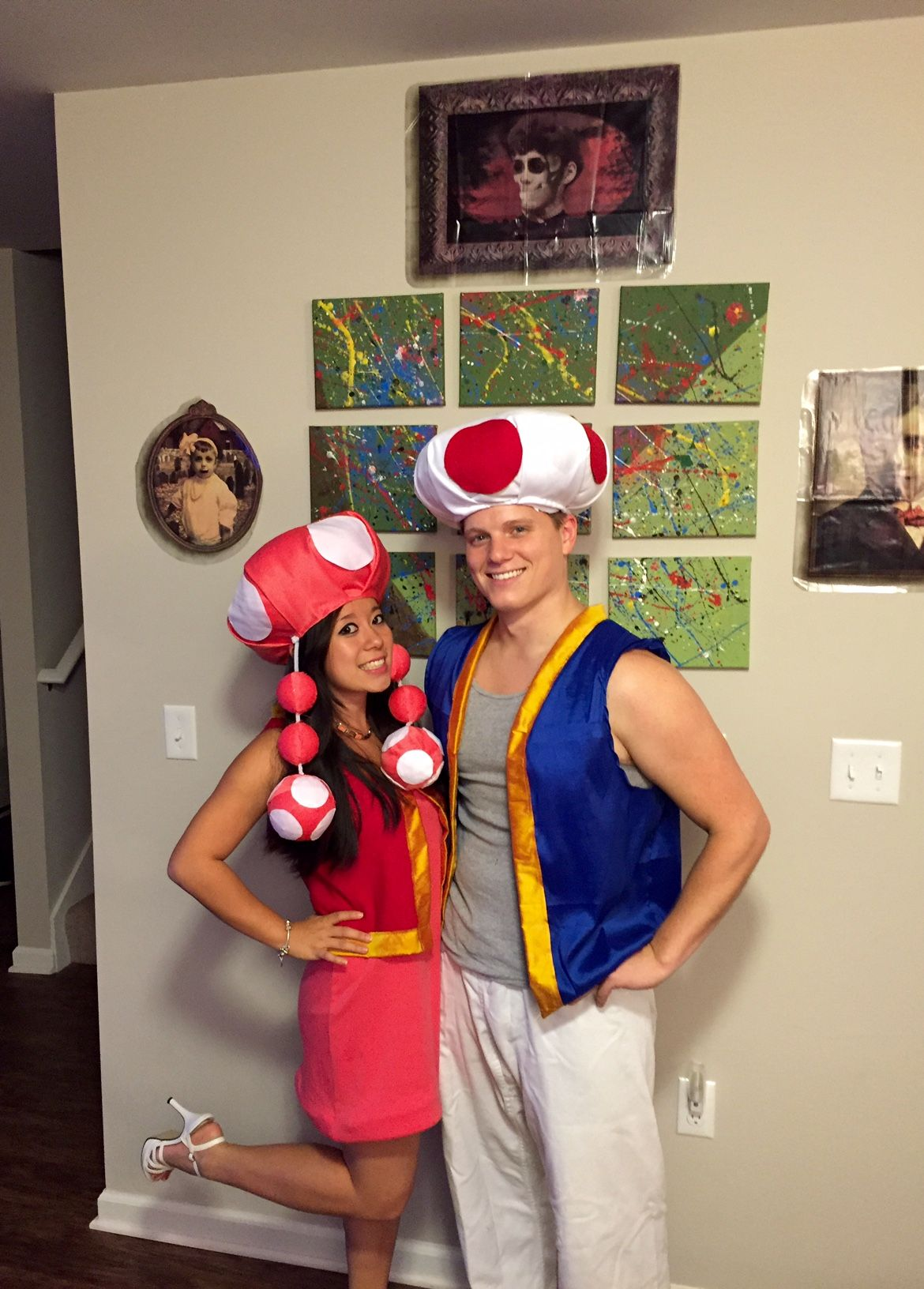 7d29cf4145 Super Mario Bros Toad and Toadette couple's costume | DIY Halloween ...