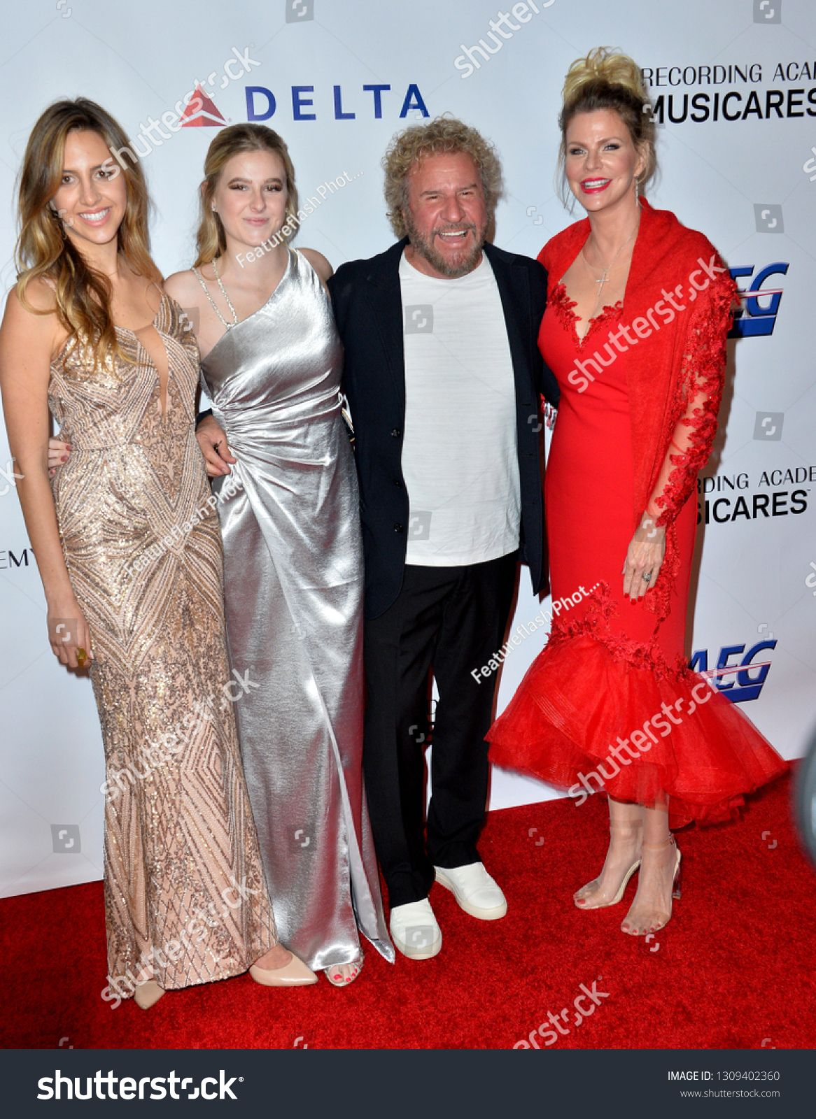 Los Angeles Ca February 08 2019 Sammy Hagar Kari Karte Kama Hagar Samantha Hagar At The 2019 Musicar In 2020 Stock Photos Photo Editing Artist Business Cards