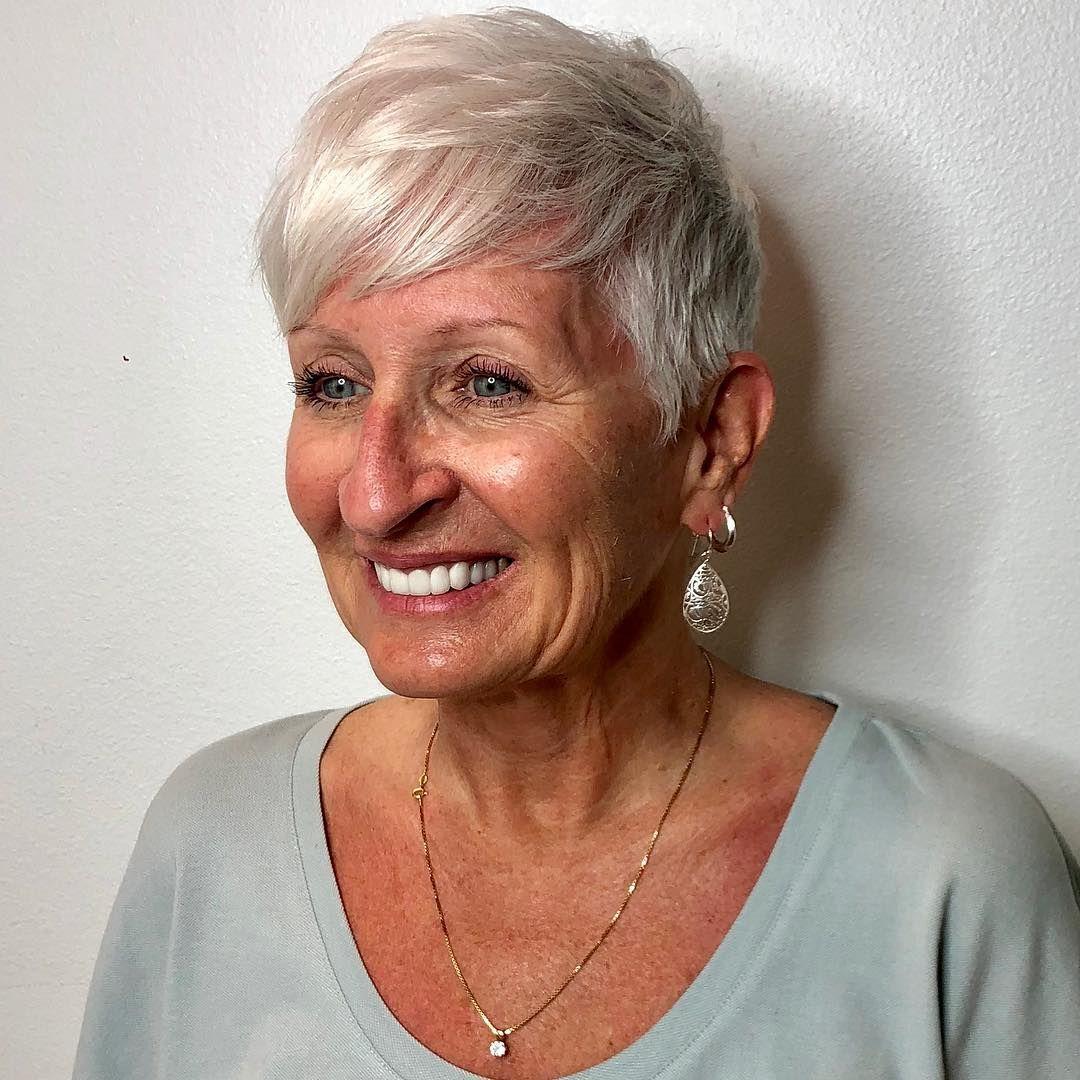 Frisuren Fur Dunnes Haar Ab 50 Viele Frauen Bezeichnen Das Alter Von 50 Jahren Als Ihre Zweite Jugend Und Die Zeit Frisuren Dunnes Haar 50er Frisur Haare Ab