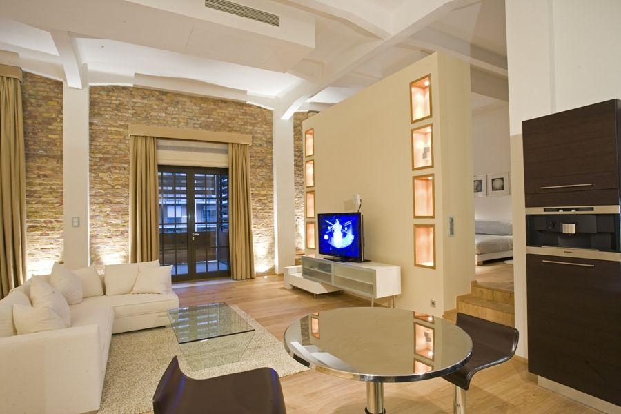 Budapest r v sz utca new york style loft apartment in for New york style apartment interior design