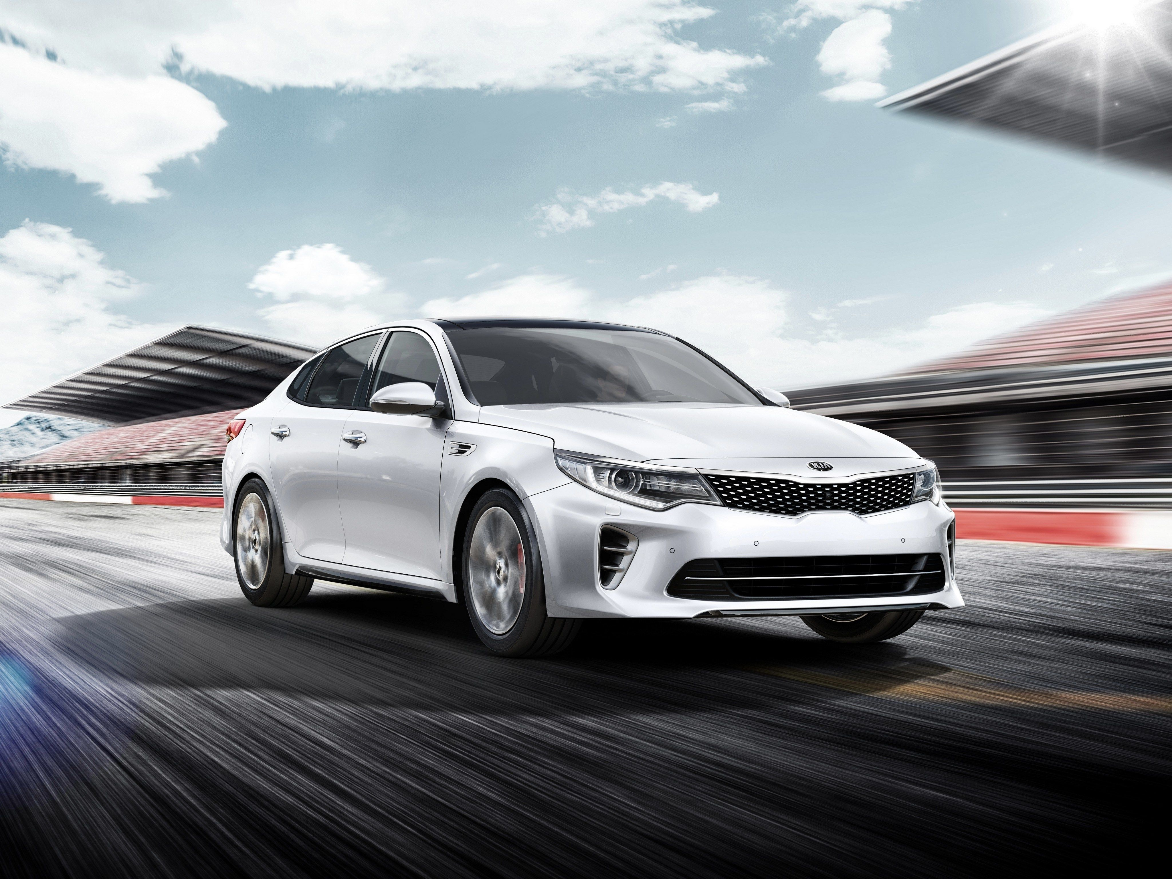 kia dealerships cars montreal at new reveals the forte show auto in international our canada all history and koup ga