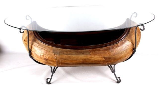 Lot # : 70   Canoe Coffee Table With Glass Top