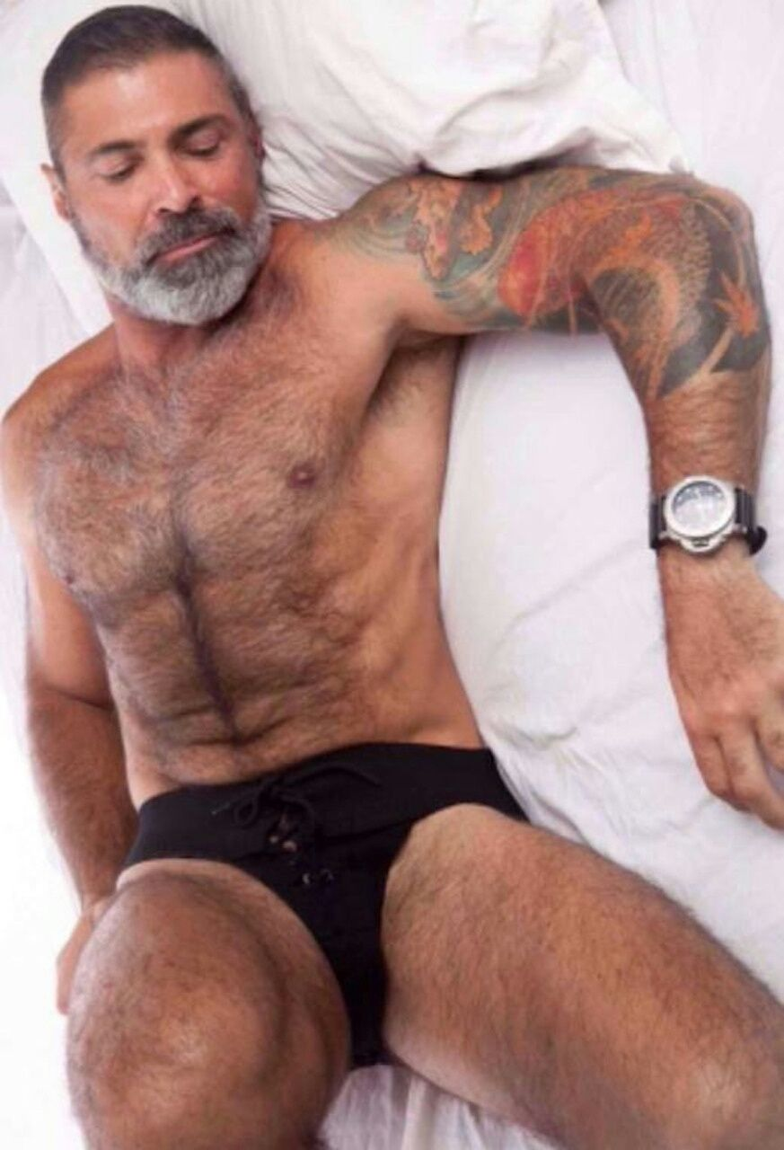 follow planesdrifter: truethat if you're an admirer of older, hairy