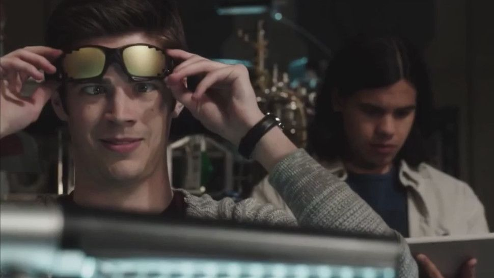 Watch THE FLASH: SEASON 1's Hilarious Gag Reel Now