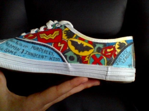 How to Draw on Canvas Shoes (even If