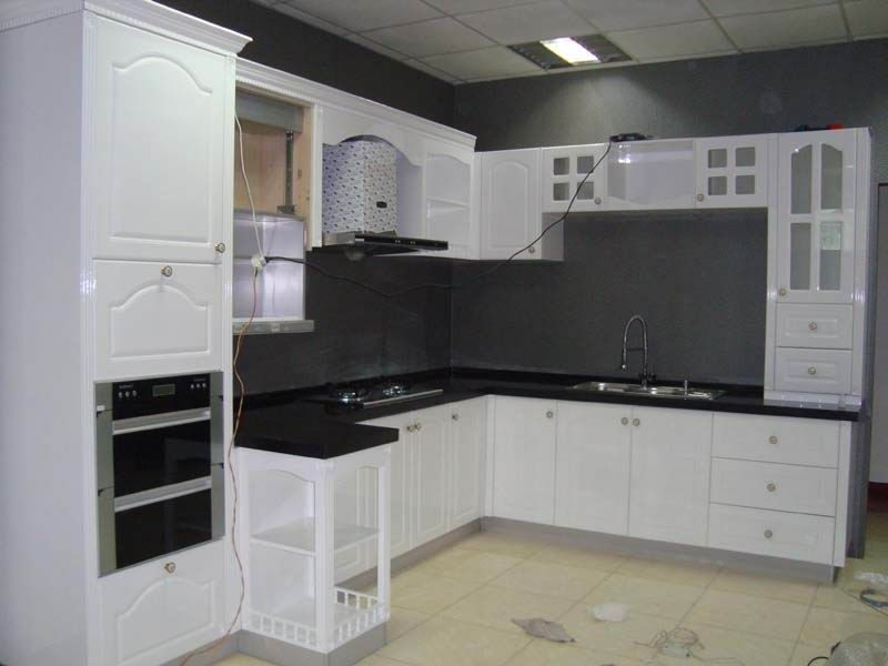 Baked Lacquered Kitchen Cabinets White Kitchen Cupboards Pa Painting Kitchen Cabinets White Painting Laminate Kitchen Cabinets Kitchen Cabinets Black And White