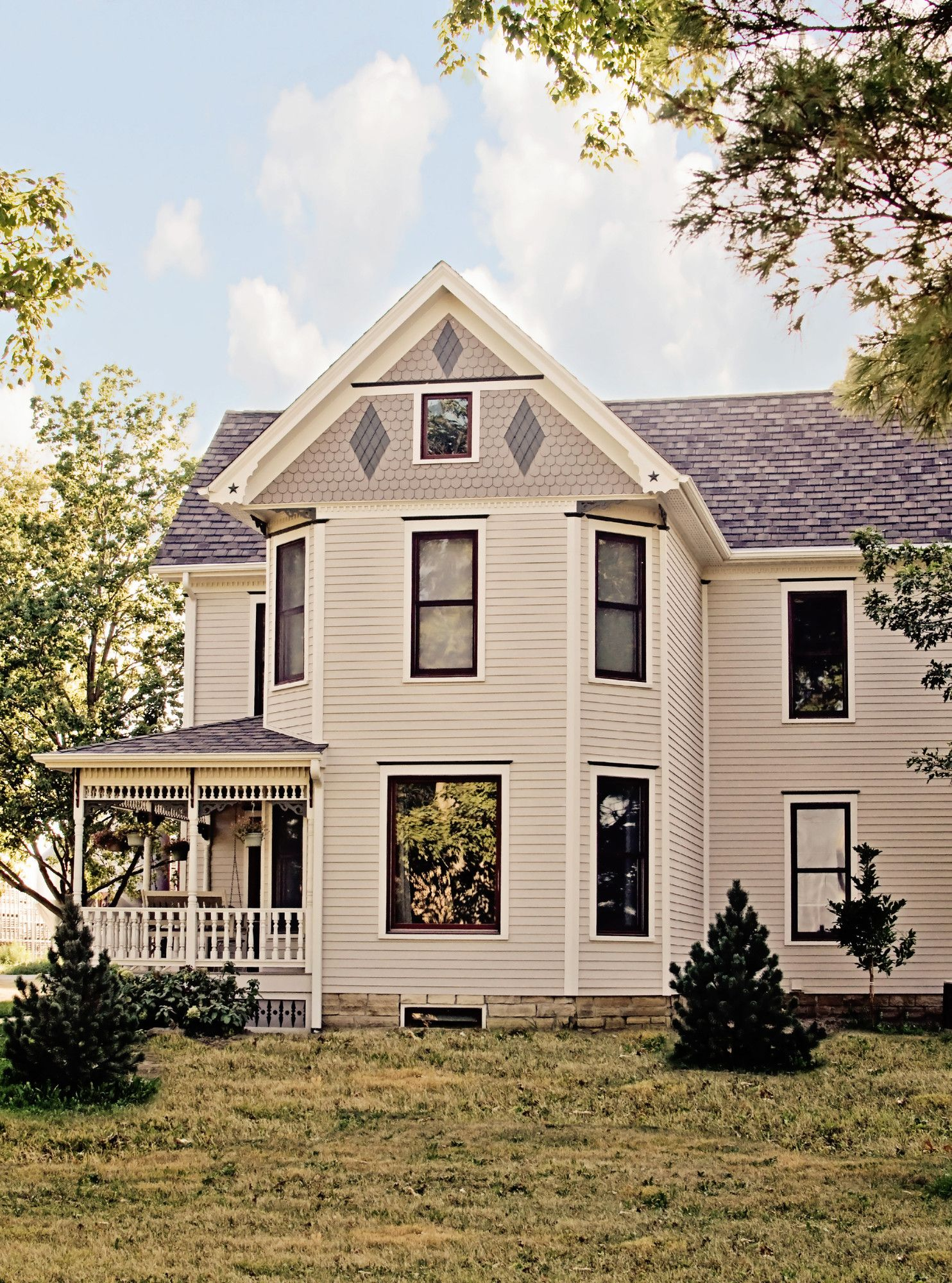 At Scottish Home Improvements We Love Working With James Hardie Home Exterior Finishing Products J Exterior House Siding House Exterior Farmhouse Style House