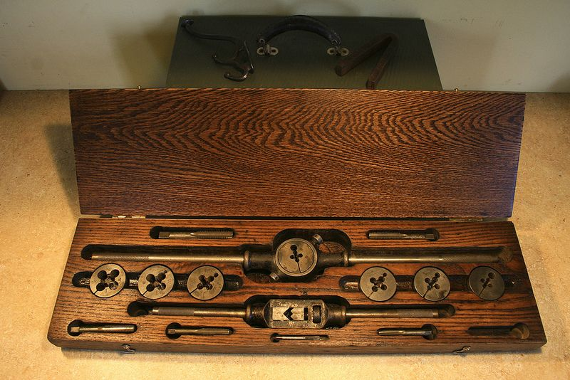 Winter Brothers Tap And Die Set Vintage Tools Settings Wooden Boxes