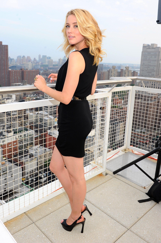 Legs amber heard Amber Heard's