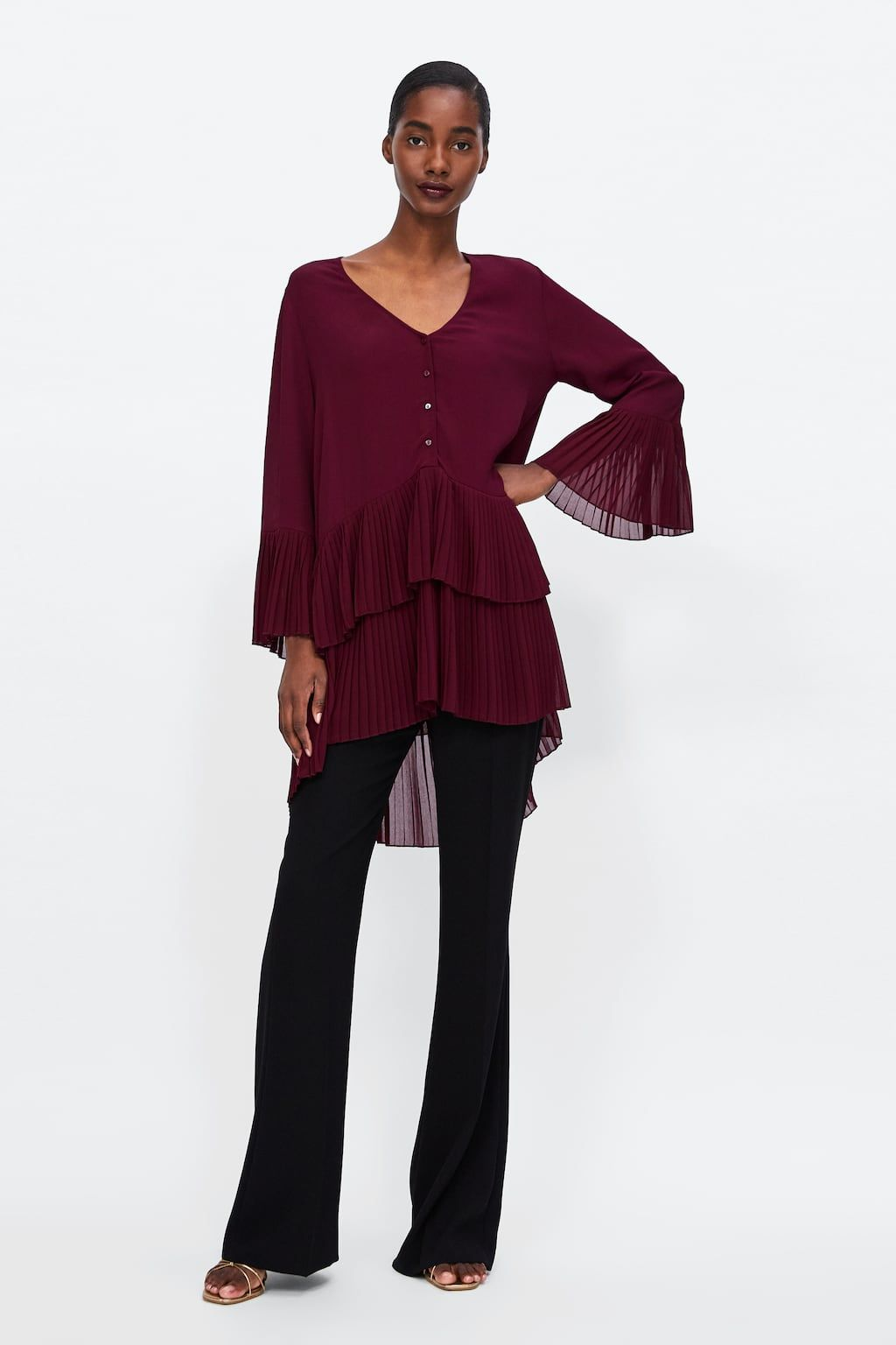 9fb152027d68e Image 1 of CONTRASTING PLEATED BLOUSE from Zara