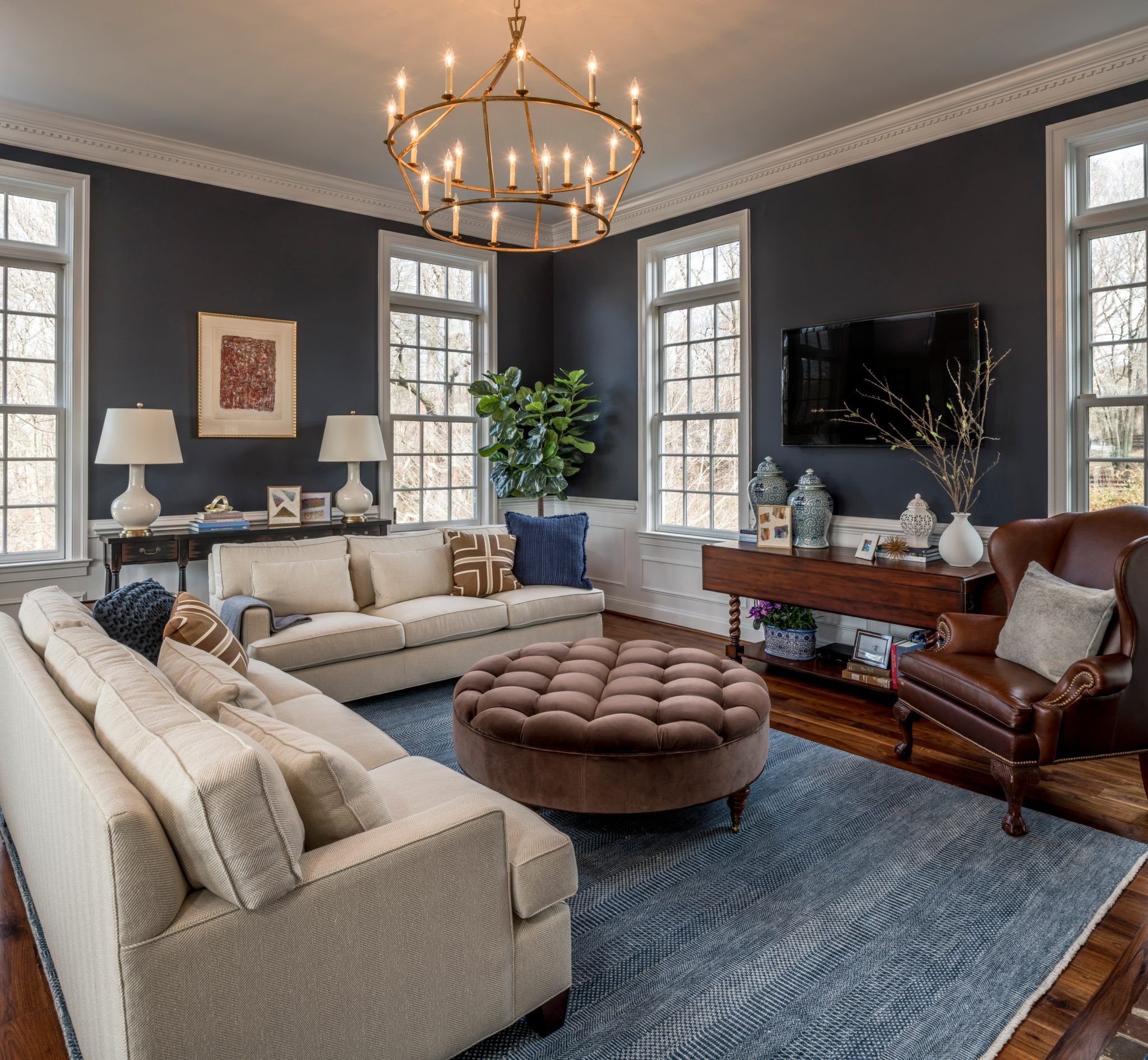 Luxurious Navy Living Rooms - Chairish Blog in 2020 | Navy ...