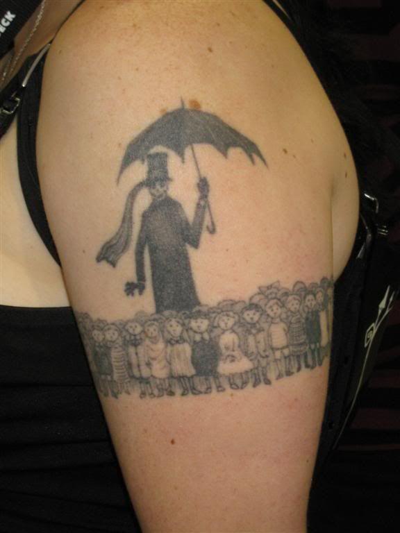 Tim Burton Tattoo Pesquisa Google Tim Burton Tattoo Tattoos Cool Tattoos