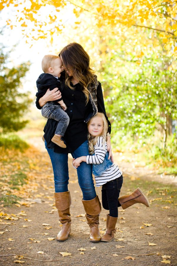 Fall Colorado Family Photo Session #familyphotooutfits