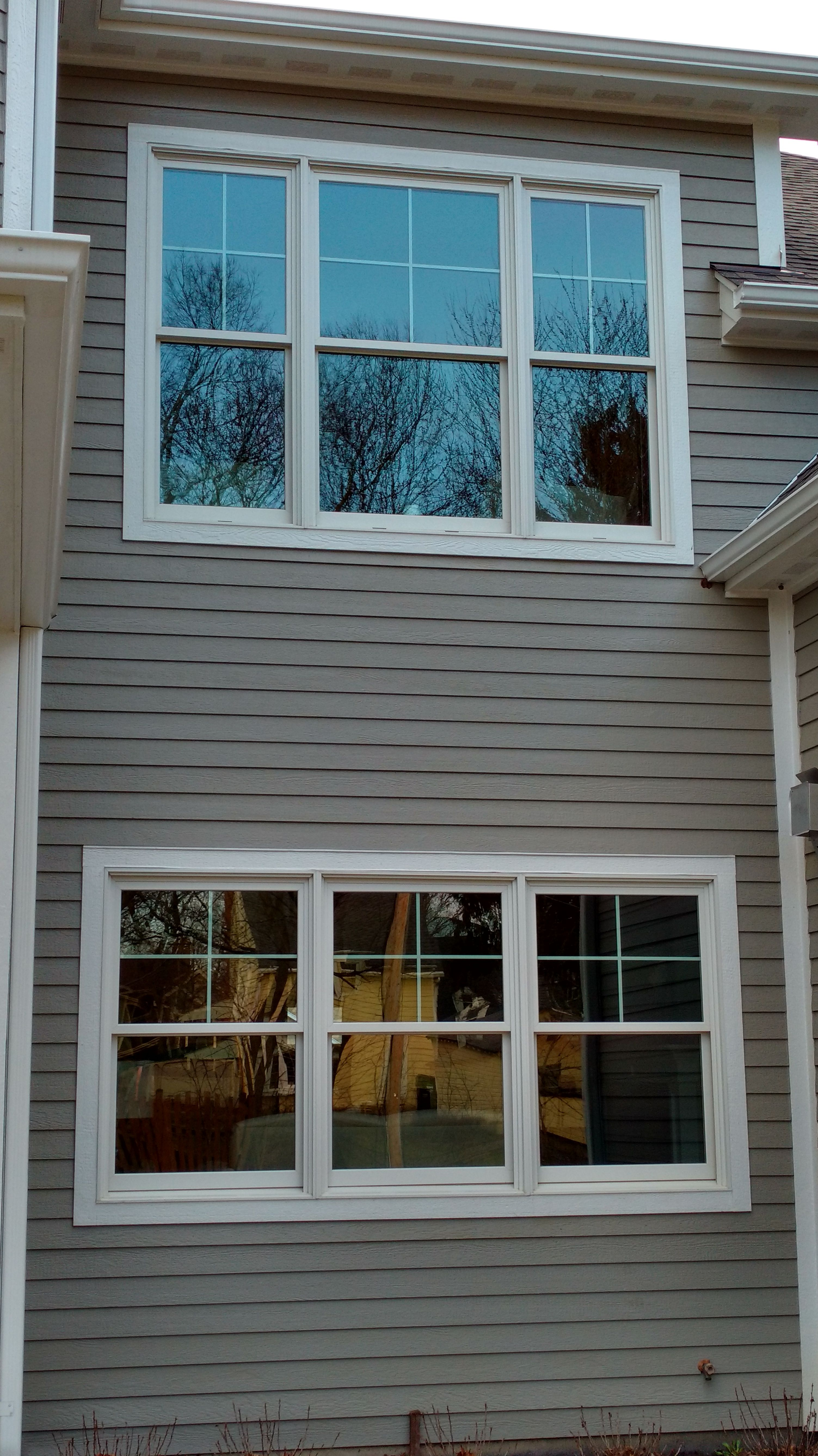Casco Aluminum Clad Double Hung Windows Colonial Craftsman Top Only Bonus Cardinal Loe 366 Glass 20 Ye Windows Double Hung Windows Windows And Patio Doors