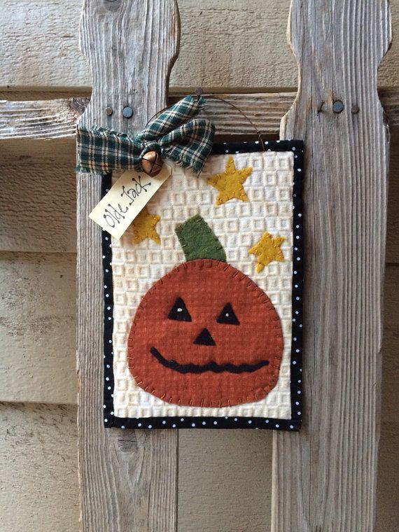 Primitive Pumpkin Mini Quilt - Halloween Stitchery - Jack O Lantern Wool felt folk art
