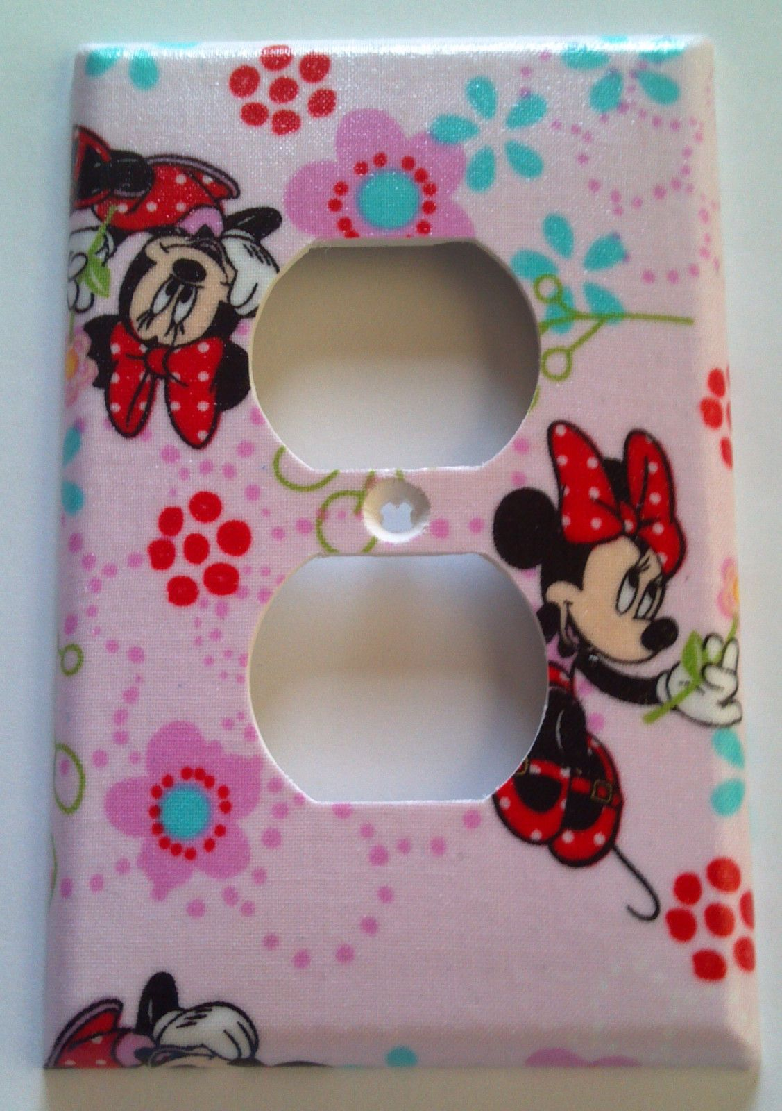 17 best images about minnie mouse bathroom ideas on pinterest