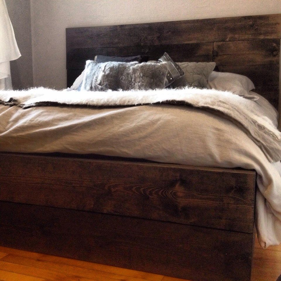 comment peinturer bois de grange t te de lit en bois rustique populair trucs brico. Black Bedroom Furniture Sets. Home Design Ideas