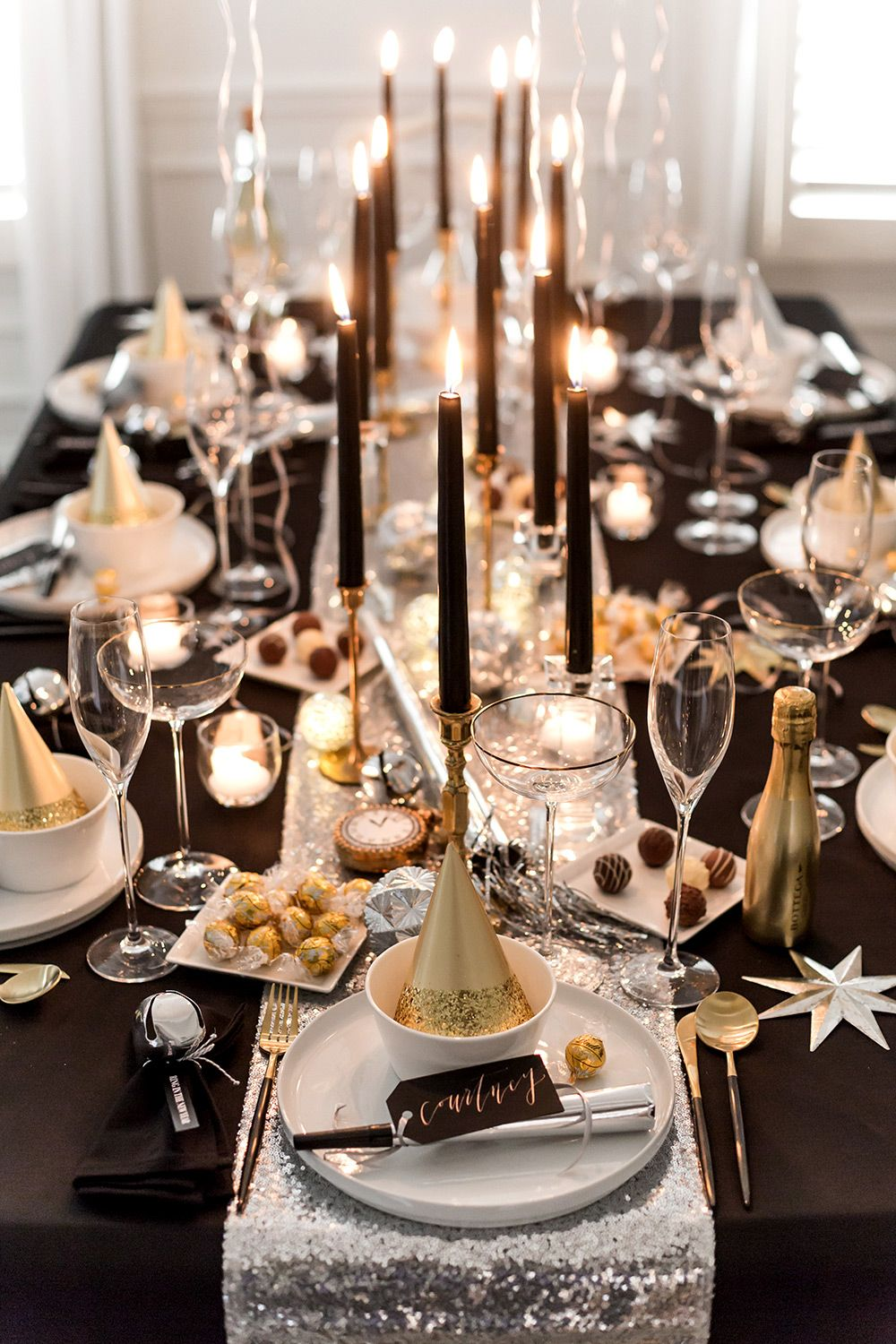 Ring In The New Year With Style By Hosting Your Own Glitz And Glam New Year S Eve Dinner New Years Eve Decorations New Years Eve Dinner New Years Dinner Party
