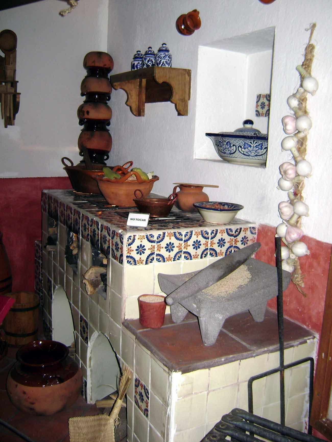 Cocina colonial estilo mexicano cocinas cocina for Decoracion colonial mexicana