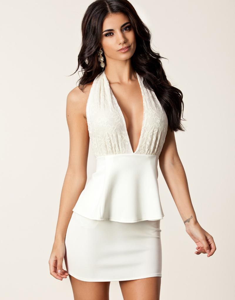 93a5b31a0d Elegant Lace Floral Embroidered Halter Deep V Backless Peplum Party Mini  Dress